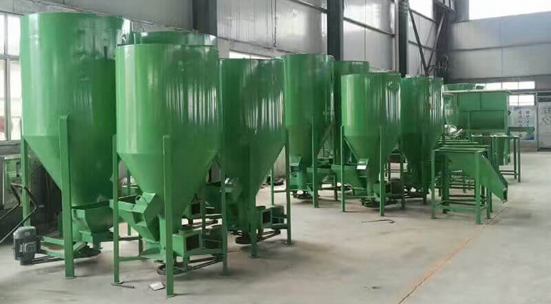 Vertical feed mill, Feed grinder and mixer machine