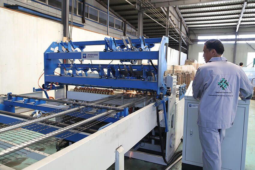 Hightop Poultry Cage Manufacturer